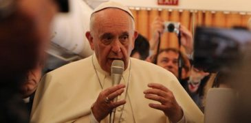 Pope Francis Says Church Should Apologize to Gays for Having 'Marginalized' Them